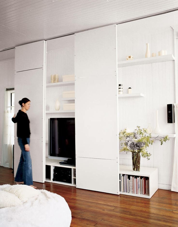 5 astuces pour camoufler sa t l vision elephant in the room for Hiding a tv in the living room